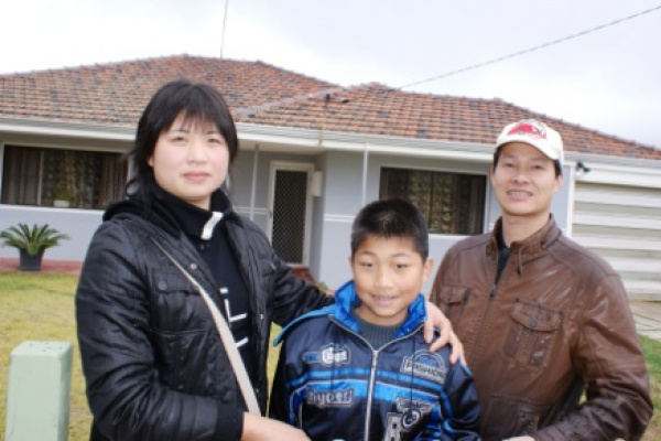 Chinese Workers Win Visa Clearance image